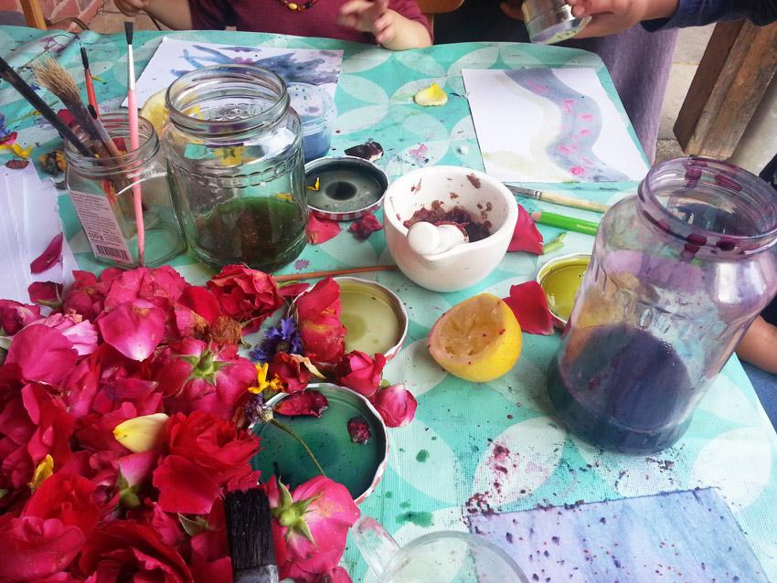 pflanzenfarbenmalen01freie-schule-gleichen